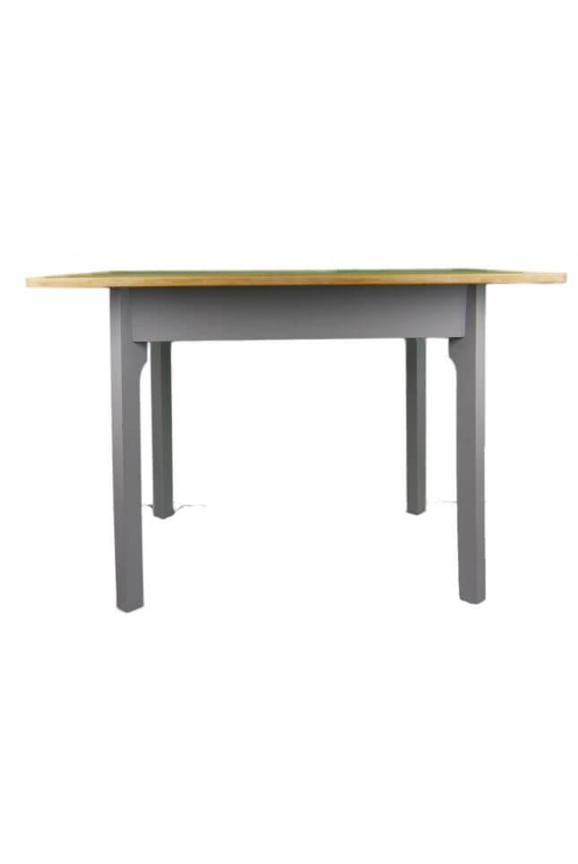 Grauer Vintage Holztisch mit weißer Schublade