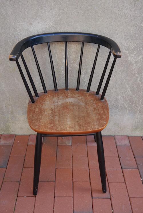 Schwarzer Vintage Holzstuhl