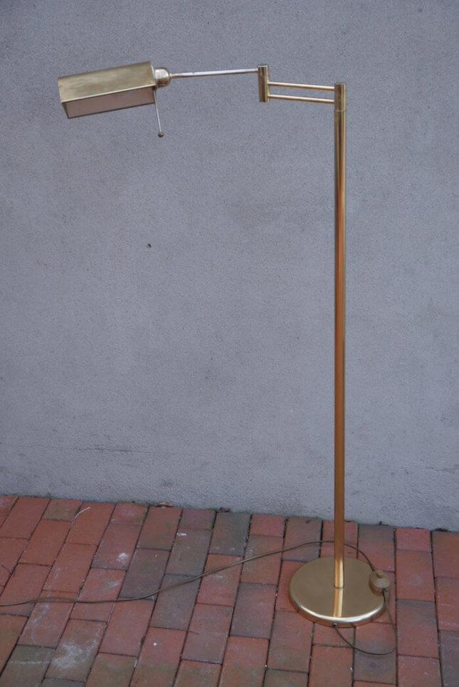 Goldene Designerlampe im Vintage Stil